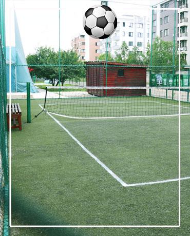 teren mic tenis de picior 2